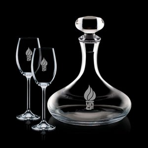 Stratford Decanter and 2 Wine Glasses Engraved