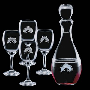 Carberry Decanter and 4 Wine Glasses Engraved Glasses