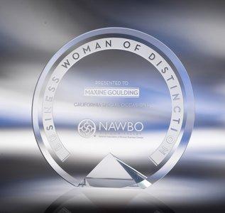 Cyrk Bevelled Crystal Award / Clear