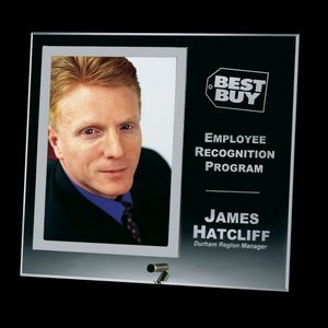 Custom Picture Frames and Corporate Award Photo Plaques