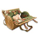 Verona Wine & Cheese Basket, (Pine Green with Nouveau Grape)