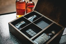 'Whiskey Box' Gift Set