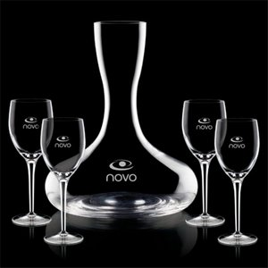Gabriella Carafe and 4 Wine Glasses Engraved